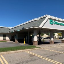 Drive-up lanes on the side of Citizens Bank at Perinton Square